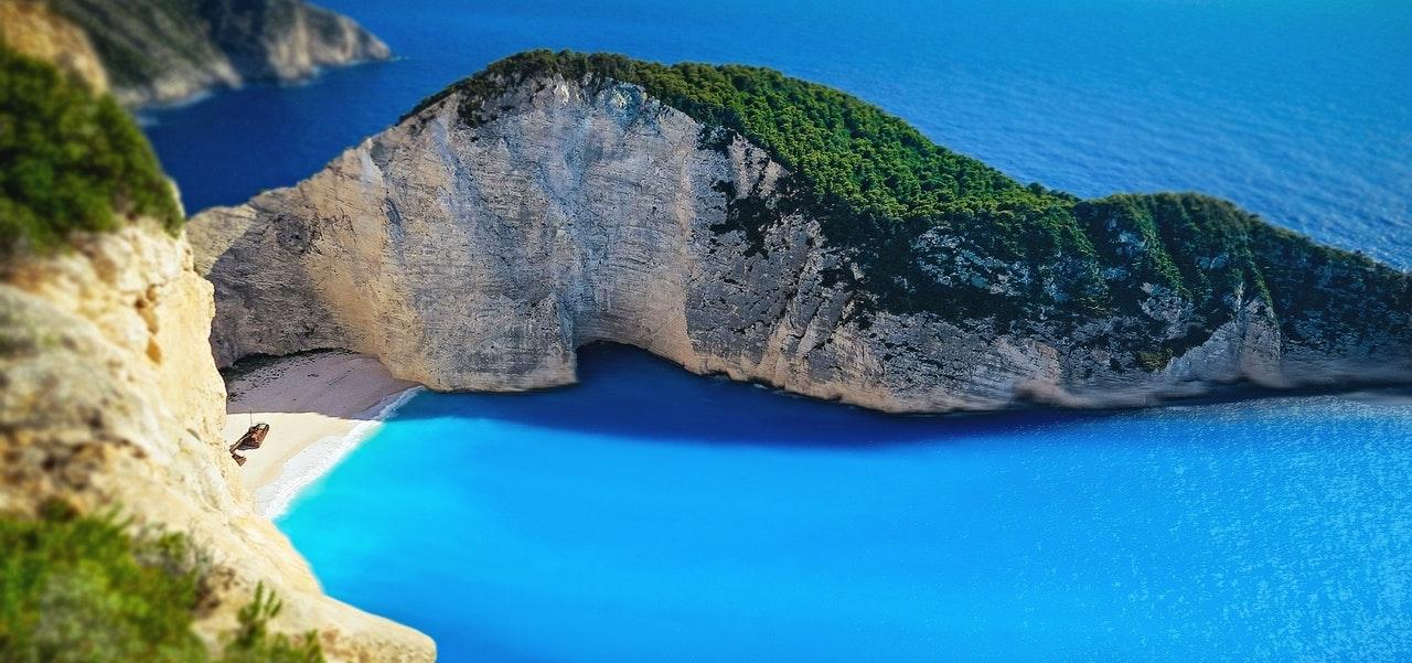 Wakacje w Grecji – jak zaplanować dwutygodniowy odpoczynek?