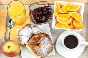 śniadanie hotelowe